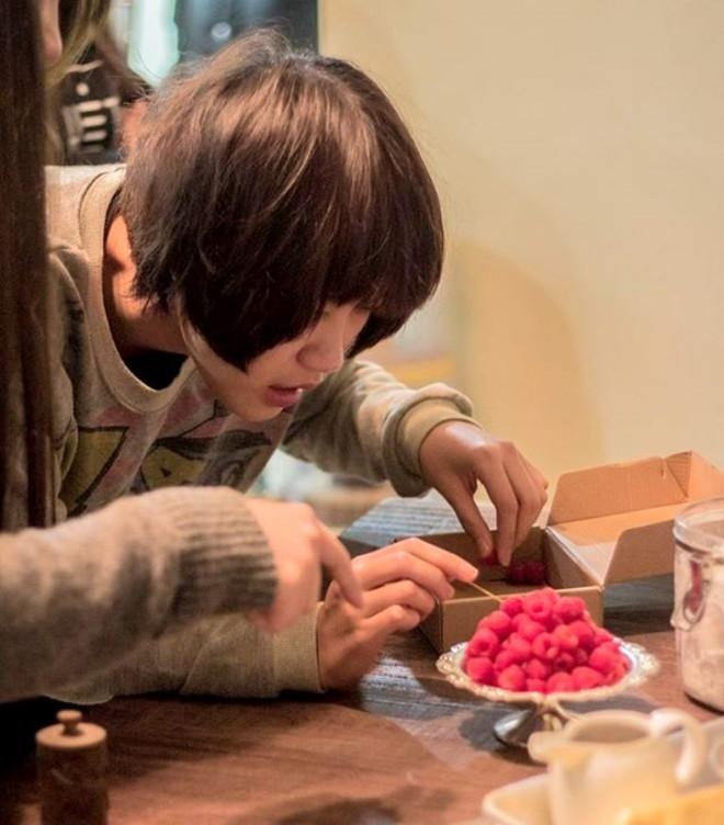 9X kiếm trăm triệu từ nghề lạ: Chụp ảnh món ăn - 2