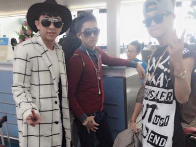 HKT mặc bảnh bao xuất hiện tại sân bay Sài Gòn