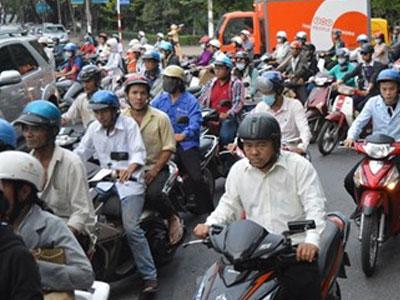 Thu phí sử dụng đường bộ xe máy: Dân đồng tình