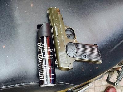 Người thủ súng trong cốp xe bị cảnh sát 141 phát hiện