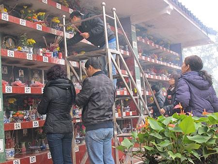 Hà Nội: Chen chân mua hàng giảm giá ngày giáp Tết - 11