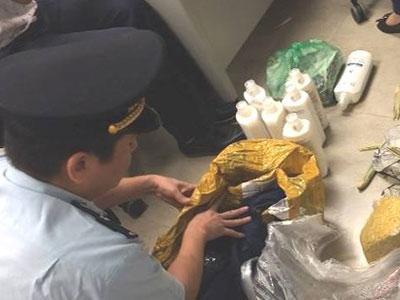 Giấu ma túy trong túi xách, nữ khách bay đi Nga bị bắt