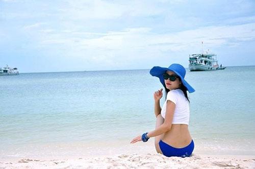"""Hình ảnh """"không thể thấy ở tivi"""" của BTV thời tiết sexy nhất Việt Nam - 1"""