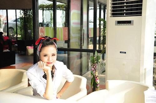 """Hình ảnh """"không thể thấy ở tivi"""" của BTV thời tiết sexy nhất Việt Nam - 9"""