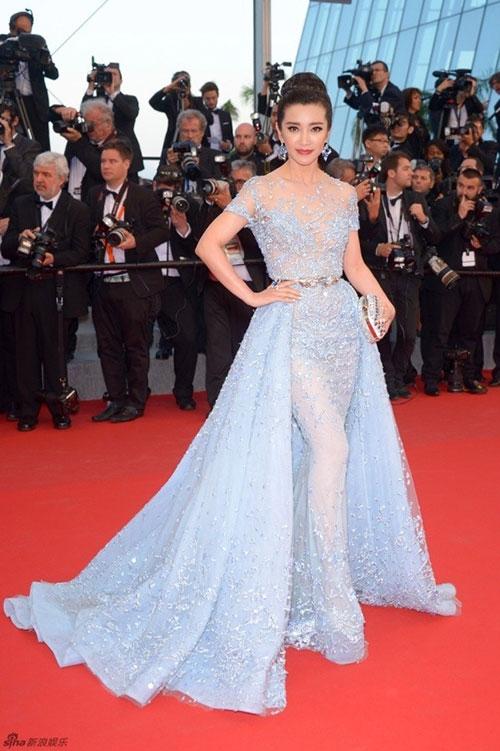Lý Băng Băng lộ ảnh bị an ninh đuổi khỏi thảm đỏ Cannes - 1