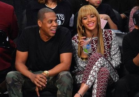 Beyonce đổ cả chai rượu trăm triệu vào bồn tắm - 2