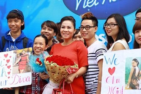 Thu Minh tạm rời ghế nóng Vietnam Idol để sinh con