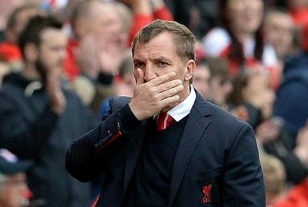"""Thua hổ thẹn, Rodgers chấp nhận bị """"bay ghế"""""""
