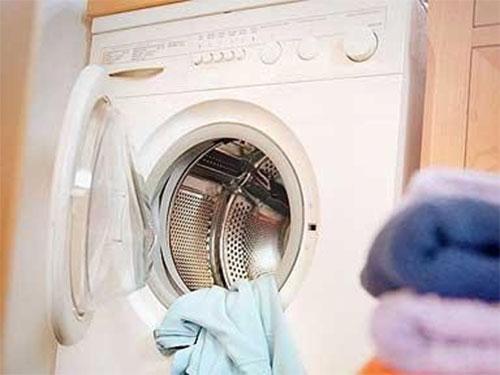 TP.HCM: Bé trai 8 tuổi tử vong trong máy giặt