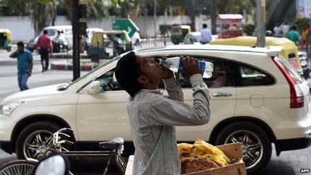 Hơn 1.000 người chết vì nắng nóng tại Ấn Độ