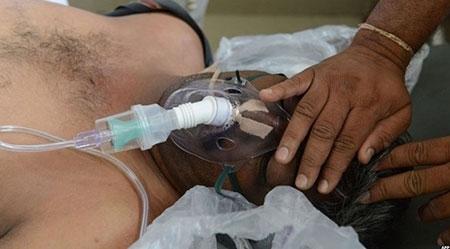 Bệnh viện Ấn Độ quá tải vì nắng nóng - 2