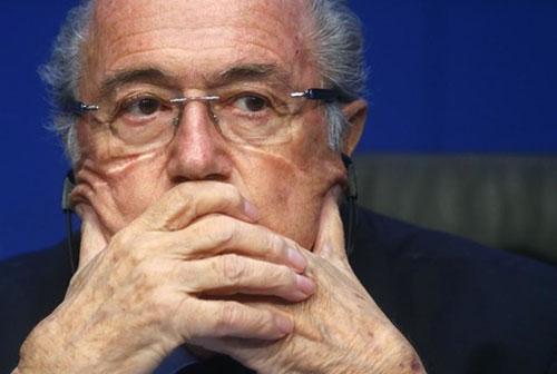 """""""Làm sạch"""" FIFA thế nào khi Blatter từ chức? - 3"""