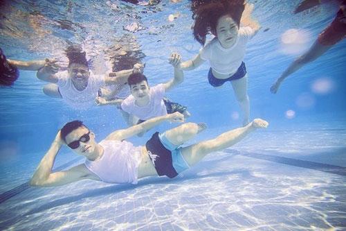 Sự thật về bộ ảnh kỷ yếu bikini của teen Hà thành - 8