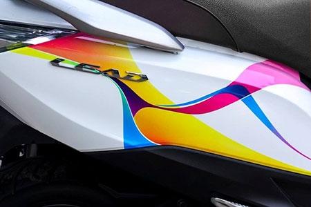 Honda Lead 125 với dải chuyển màu điệu đà - 2