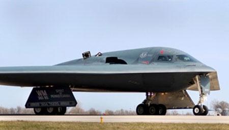 Mỹ bất ngờ đưa máy bay ném bom B-2 Spirit tới Anh