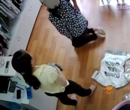 """Hà Nội: Bị bắt tại trận khi ăn trộm iPhone, """"nữ đạo chích"""" sợ đến mức tiểu ra quần - 3"""