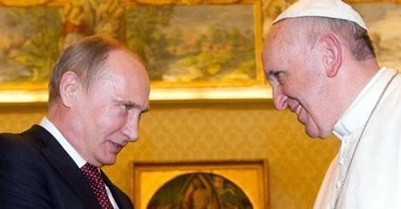 Ông Putin đến Vatican gặp Giáo hoàng Phanxicô cầu viện gì?