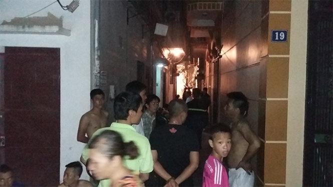 Cháy lớn ở phố Hoàng Mai, Hà Nội, 5 người chết - 3