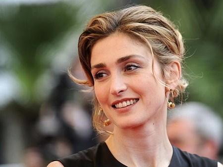 """""""Bông hồng điện ảnh"""" sắp trở thành """"đệ nhất tình nhân"""" nước Pháp?"""