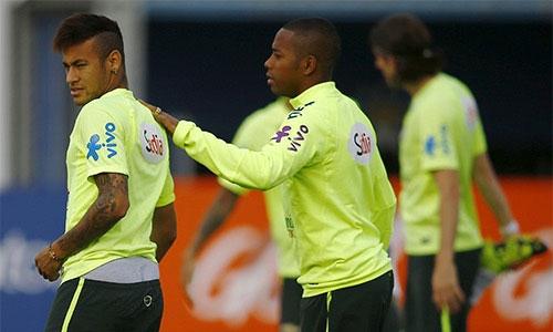 Neymar bị treo giò, nghỉ đến hết Copa America 2015