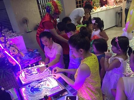 Hồ Ngọc Hà và Cường Đô La cùng tổ chức sinh nhật cho Subeo sau bão scandal - 1