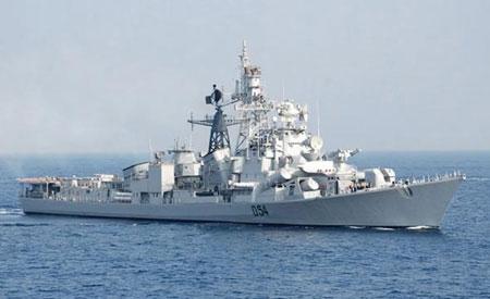 Ấn Độ điều tàu chiến vào Biển Đông