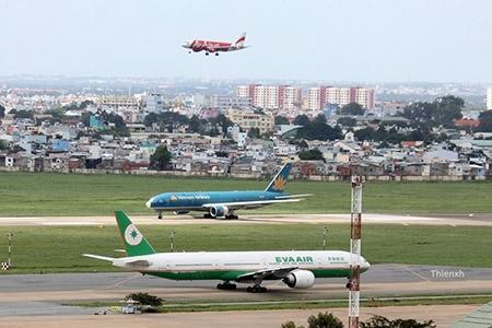 Bộ GTVT đề nghị Bộ TTTT làm rõ nguyên nhân nhiễu sóng tại sân bay