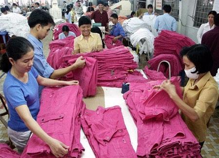 Mỹ sẽ yêu cầu Việt Nam giảm lệ thuộc nhập nguyên liệu từ TQ? - 1