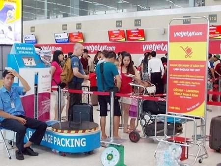 Hành khách tát nữ nhân viên hàng không bị phạt 7,5 triệu đồng