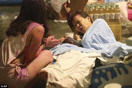 Những hình ảnh sốc về vụ cháy công viên nước khiến hơn 500 người bị thương ở Đài Loan - 6