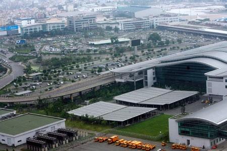 Vì sao mở rộng sân bay Tân Sơn Nhất là điều không tưởng? - 2