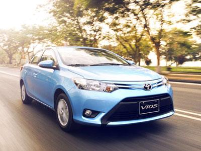 Người Việt ồ ạt sắm ôtô trong năm 2015