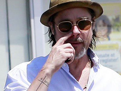 Brad Pitt xăm hình tên của Angelina Jolie và các con