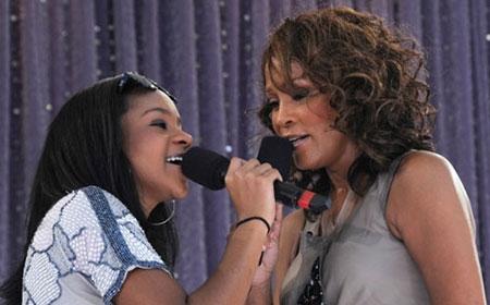 Cuộc đời ngắn ngủi nhiều bi kịch của con gái Whitney Houston - 6