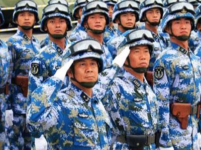 Tướng lĩnh Trung Quốc sụt cân vì lo tập luyện diễu binh