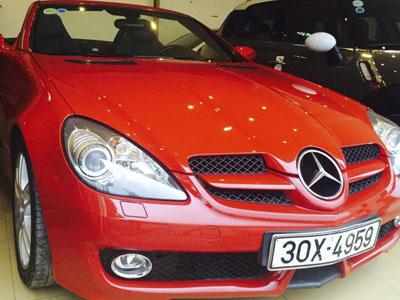 """Mercedes SLK 200 của Công Vinh được rao bán với giá """"sốc"""""""