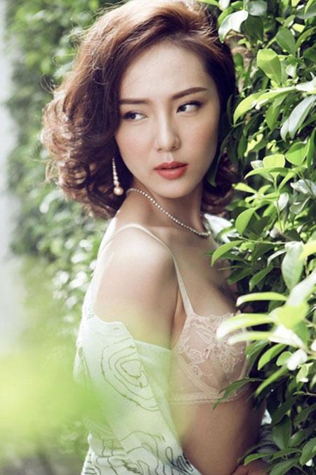 """Ca sĩ Phương Linh: """"Đàn ông thường sợ phụ nữ đẹp, giàu và nổi tiếng"""" - 1"""
