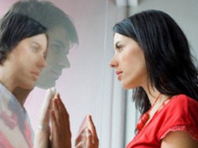 Dừng ngoại tình tư tưởng với sếp thì chồng lại biết chuyện