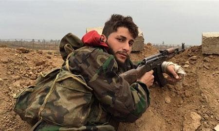 Số phận bi thảm của người lính Syria bị IS chặt đầu