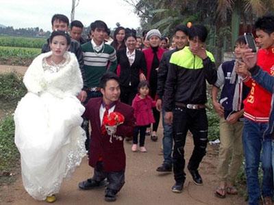 Đám cưới gây xôn xao xứ Nghệ và cuộc gọi nhầm định mệnh
