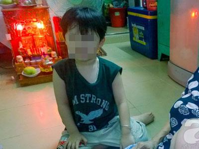 Sự thật đằng sau thông tin bé 3 tuổi bị bắt cóc ngay trước mặt mẹ ở quận 4, Sài Gòn