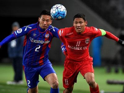Loại Quả bóng vàng 2015 khỏi tuyển Việt Nam