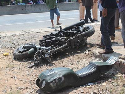CSGT rượt đuổi môtô phân khối lớn đi vào cao tốc