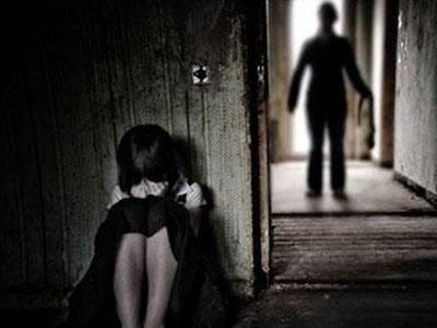 Nghi án bé gái 14 tuổi bị cha dượng hiếp dâm, mang thai gần 5 tháng