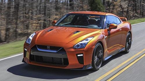 10 điều cần biết về siêu xe Nissan GT-R mới