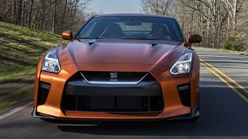 10 điều cần biết về siêu xe Nissan GT-R mới - 5