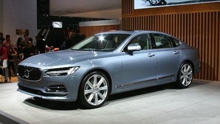 Volvo S90 sedan chốt giá chính thức, loại nhiều đối thủ