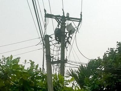 Điện lực không biết nguồn điện giật chết công nhân từ đâu?