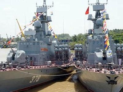 Vì sao Việt Nam đóng nhiều tàu tên lửa Molniya và tàu pháo TT-400TP?