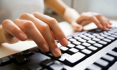 Bộ Giáo dục đính chính quy định cấm sinh viên bình luận dung tục